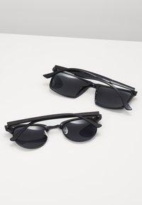 Pier One - 2 PACK - Sunglasses - black - 1