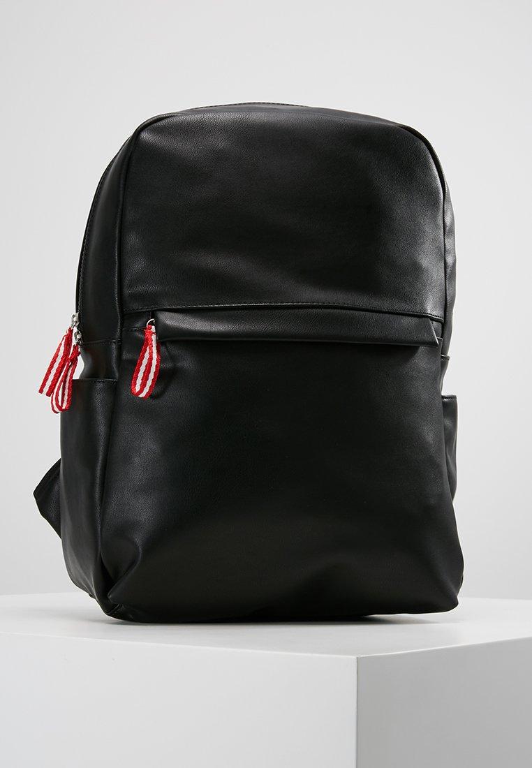 Pier One - Tagesrucksack - black