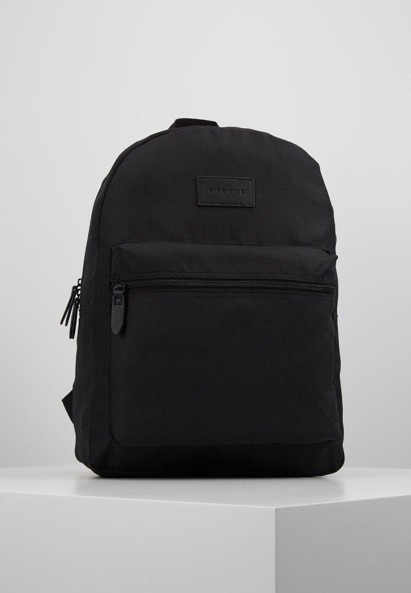 Pier One - Reppu - black