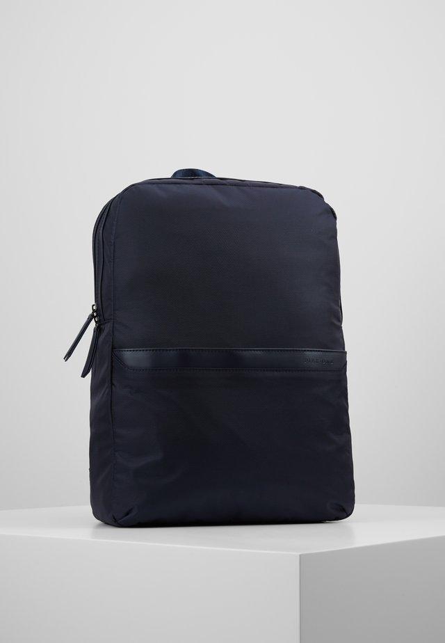 Tagesrucksack - dark blue