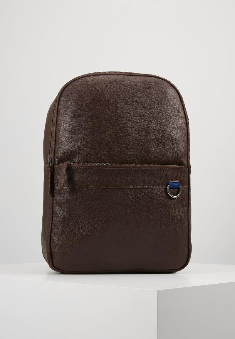 Pier One - LEATHER - Reppu - dark brown