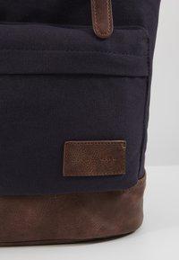 Pier One - UNISEX - Rucksack - dark blue/brown - 2