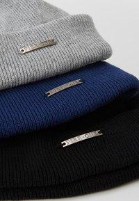 Pier One - Mössa - grey/dark blue/black - 4