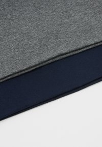 Pier One - 2 PACK - Mütze - grey/dark blue - 4