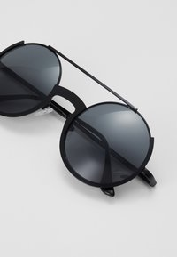Pier One - UNISEX - Sunglasses - black - 3