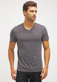 Pier One - 2 PACK - T-shirts basic - dark grey melange - 2