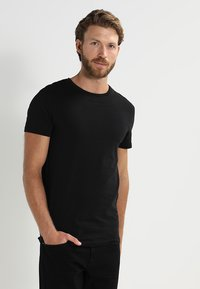 Pier One - 2 PACK - T-shirt basic - black