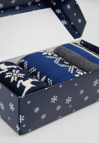 Pier One - 3 PACK - Ponožky - blue/grey - 2