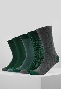 Pier One - 5 PACK - Calcetines - dark green - 0