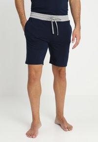 Pier One - 2 Pack - Pyjamahousut/-shortsit - grey/dark blue - 1