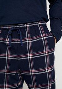 Pier One - LONG SLEEVE - Pyjama - dark blue - 3