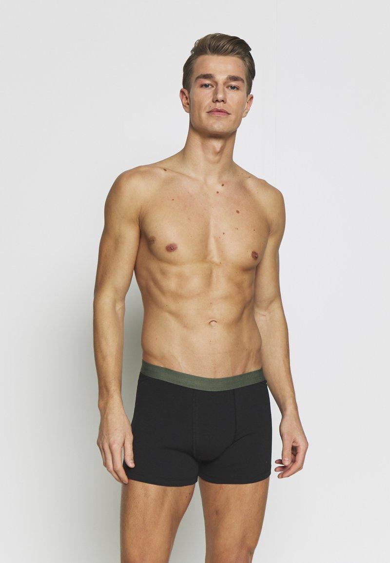Pier One - 5 PACK - Onderbroeken - black/ khaki