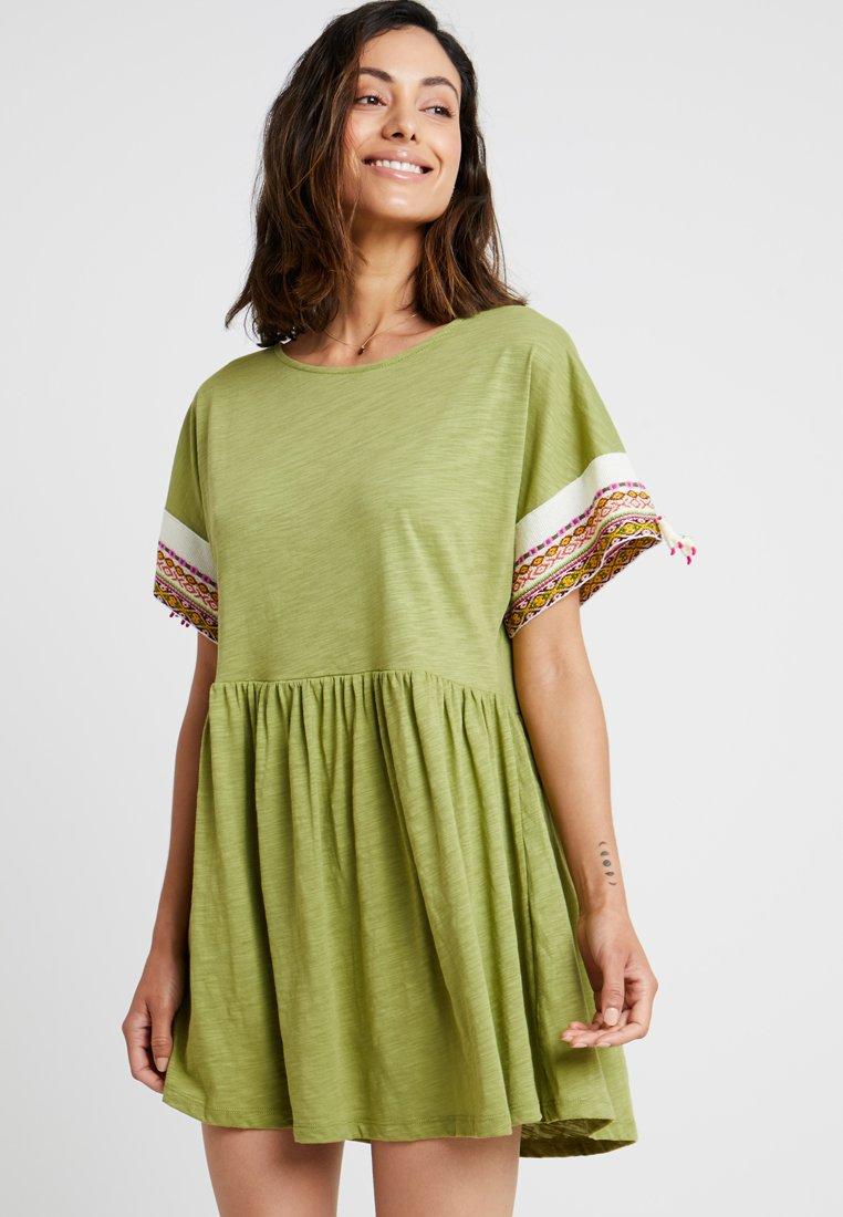 Pitusa - LITTLE LAMA DRESS - Beach accessory - olive