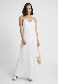Pitusa - FULL LENGTH POM POM NECK DRESS - Strandaccessoire - white - 1