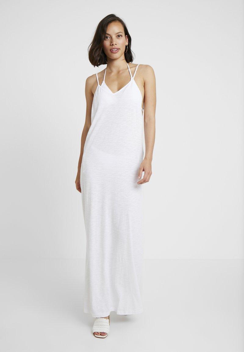 Pitusa - FULL LENGTH POM POM NECK DRESS - Beach accessory - white