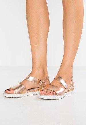Sandales compensées - rose gold