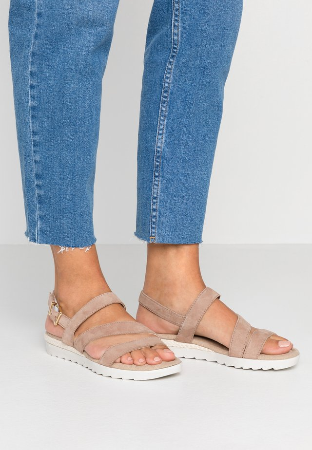 Sandaler m/ kilehæl - rose