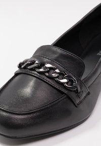 Pier One Wide Fit - Classic heels - black - 2