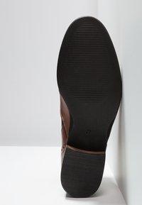 Pier One Wide Fit - WIDE FIT - Ankle boots - cognac - 6