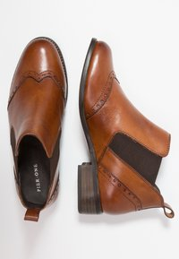 Pier One Wide Fit - WIDE FIT - Ankle boots - cognac - 3