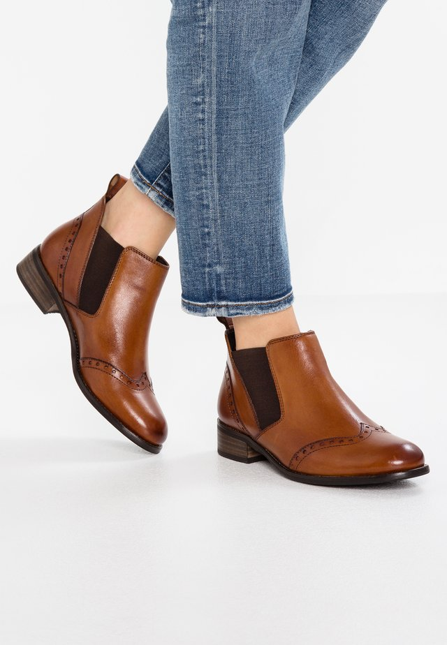 WIDE FIT - Ankle boot - cognac