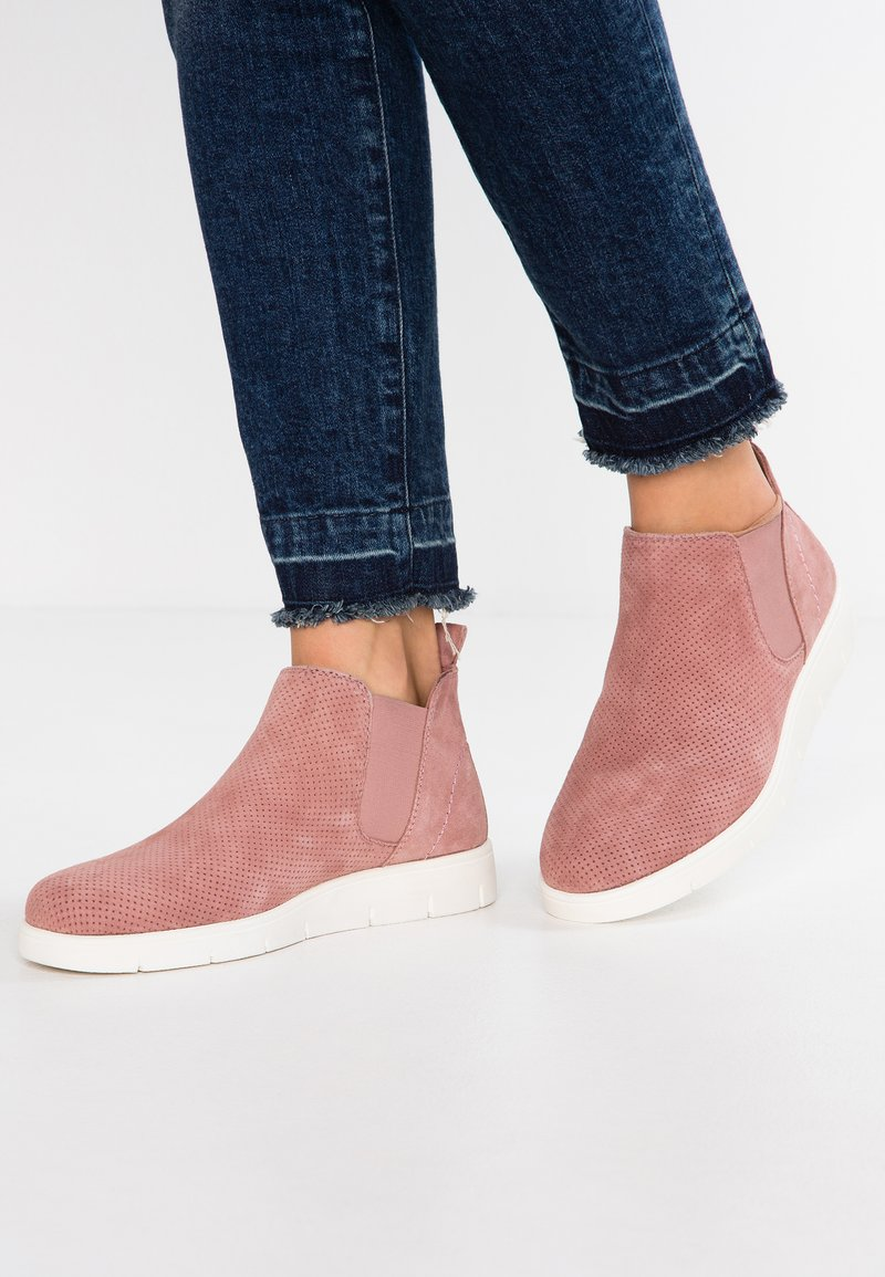 Pier One Wide Fit - WIDE FIT - Ankle Boot - rose