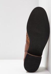 Pier One Wide Fit - Ankle boots - cognac - 6
