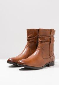 Pier One Wide Fit - Classic ankle boots - cognac - 4