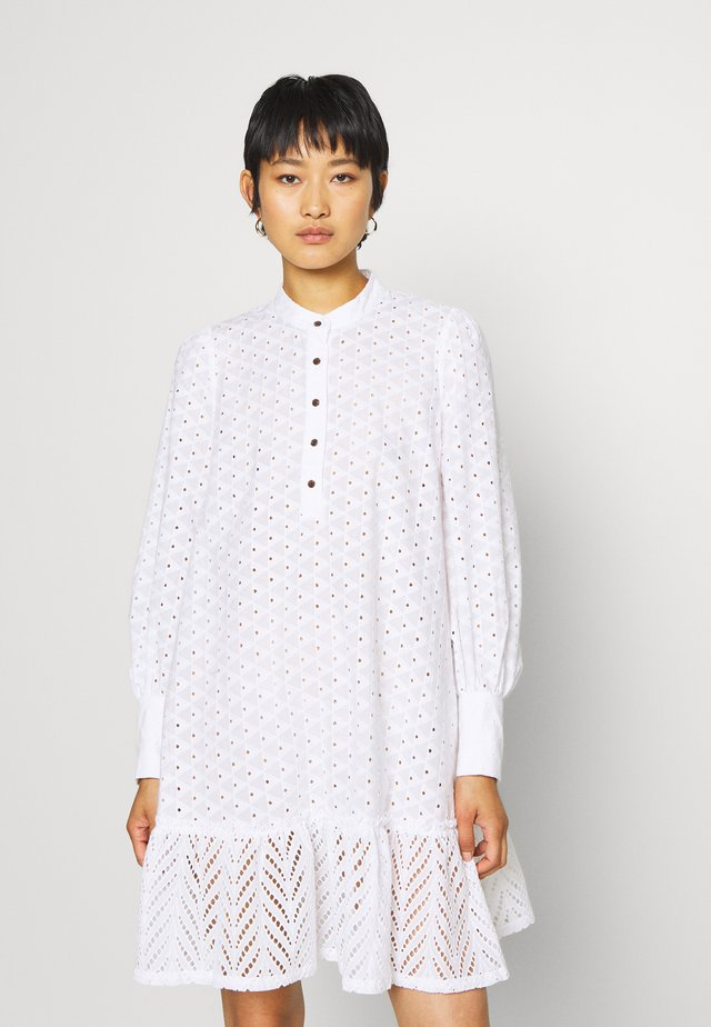 BRITANIA OVERSIZE DRESS - Skjortklänning - white
