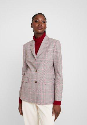 GEORGIA ENGLISH - Krátký kabát - black/pink