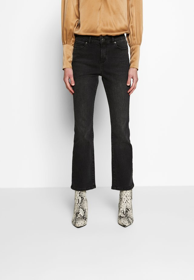 JELENA KICK HAARLEM - Jeans Bootcut - black