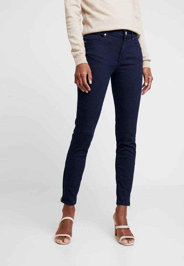 PAULINA SWAN ANKLE - Jeans Skinny Fit - denim blue