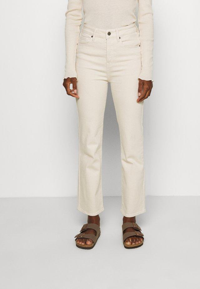 JENORA  - Straight leg jeans - ecru