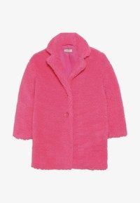 Pinko Up - AEROGRAFISTA CAPPOTTO ORSETTO - Zimní kabát - pink - 2