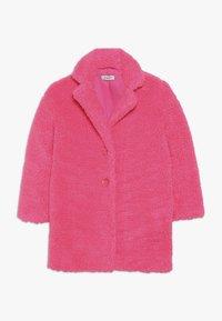Pinko Up - AEROGRAFISTA CAPPOTTO ORSETTO - Zimní kabát - pink - 0