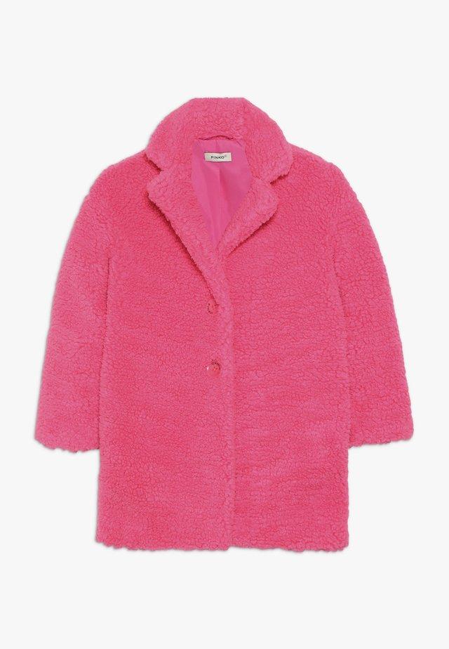 AEROGRAFISTA CAPPOTTO ORSETTO - Płaszcz zimowy - pink