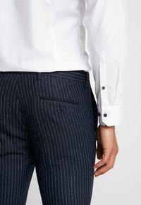 Piazza Italia - PANTALONE - Suit trousers - blue - 3