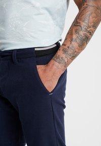Piazza Italia - LACCIUO - Shorts - blue - 5