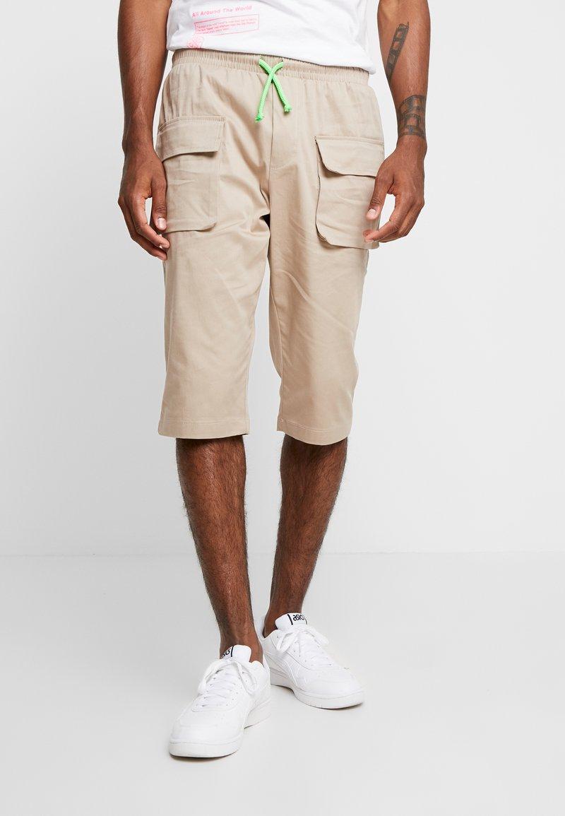 Piazza Italia - Shorts - beige