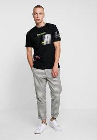 Piazza Italia - T-shirts print - black - 1