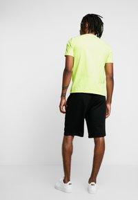 Piazza Italia - Print T-shirt - yellow - 2