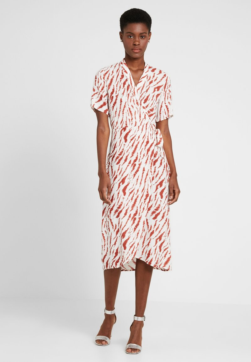 PIECES Tall - PCEYVA WRAP DRESS  - Maxikleid - bright white/redwood