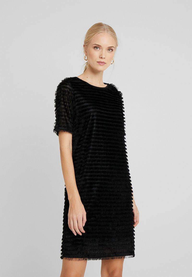 PIECES Tall - Vapaa-ajan mekko - black