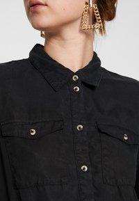 PIECES Tall - PCNOLA DRESS - Skjortekjole - black - 5