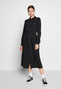 PIECES Tall - PCNOLA DRESS - Skjortekjole - black - 0