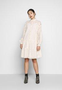 PIECES Tall - PCDREAMY DRESS - Robe d'été - whitecap gray - 0