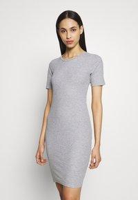 PIECES Tall - PCKAZZA TEE DRESS  2 PACK TALL - Jersey dress - light grey melange - 3