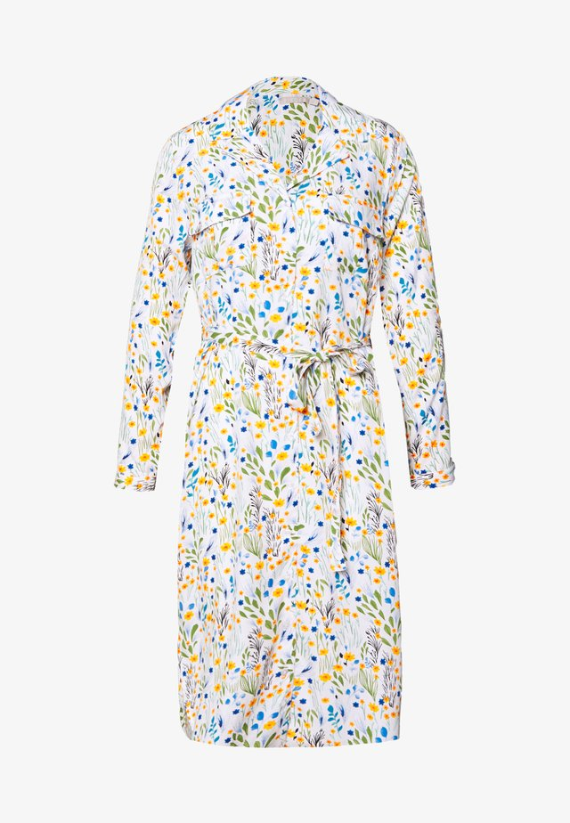 PCRIKKI MIDI DRESS - Shirt dress - cloud dancer
