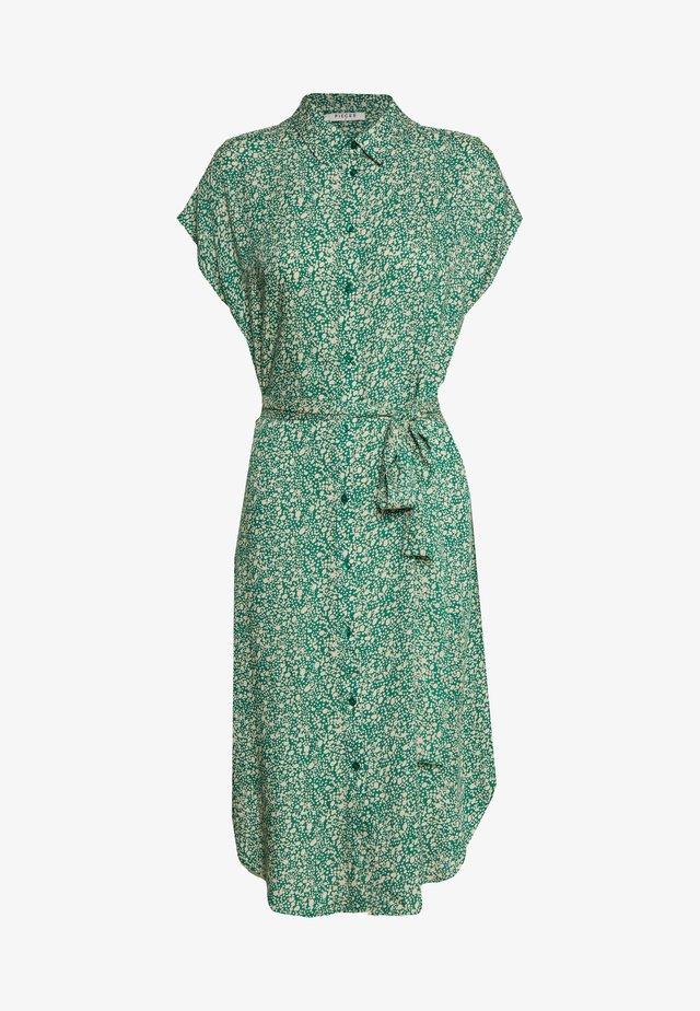 PCNYA DRESS - Skjortekjole - verdant green