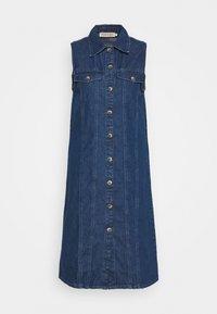 PIECES Tall - PCMALLE DRESS  - Jeanskleid - medium blue denim - 3